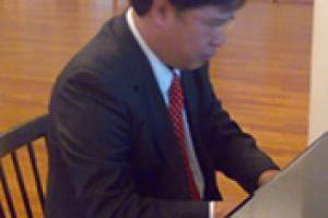 Nhạc sĩ Đinh Trung Cẩn